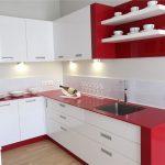 Кухня вашей мечты Красно-белая кухня полезные советы материалы характеристика размеры сочетание цветов яркие акценты на белой кухне белая посуда фото