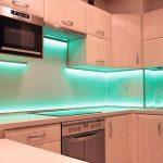 Кухонный фартук из закаленного стекла полезные советы варианты исполнения фото