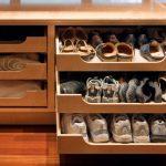 Наполнение шкафа купе фурнитура для шкафов купе открытые полки выдвижные ящики варианты наполнения советы профессионалов обувь в шкафу фото