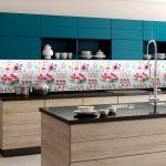 Кухня вашей мечты Фартук для кухни Кухонный фартук из пластика полезные советы материалы характеристика размеры кухонного фартука глянцевая кухня современная кухня яркая кухня фото