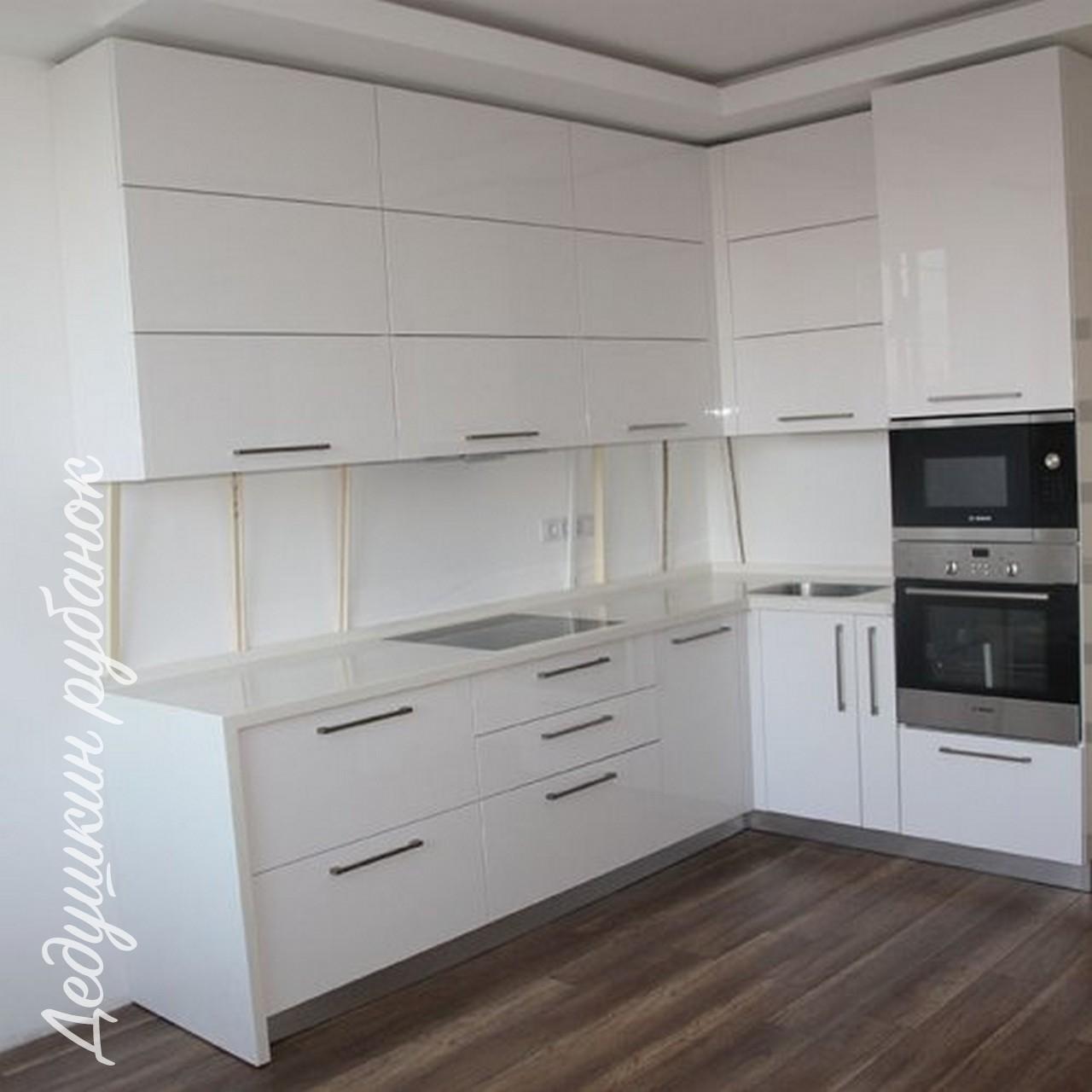 Заказать кухонный гарнитур напрямую от производителя Томск. Современные кухни из МДФ по индивидуальному размеру. Дизайн кухни бесплатно + скидка.