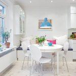 Кухня вашей мечты Фартук для белой кухни полезные советы материалы характеристика размеры кухонного фартука сочетание цветов белая кухня диван на кухне фото