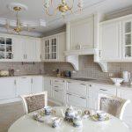 Белая кухня полезные советы примеры исполнения фото