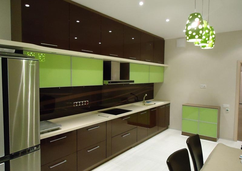 Из каких материалов изготовить кухню Кухня вашей мечты Материал для изготовления фасадов для кухонного гарнитура Фасады из крашеного МДФ фото