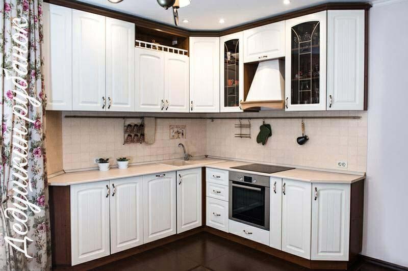 Кухня под заказ фото с описанием. Кухня на заказ в классическом стиле из МДФ от производителя. Гарантия 24 мес, качественные кухни под заказ Томск.