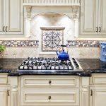 Кухонный фартук из керамической плитки полезные советы варианты исполнения фото