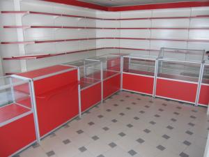 Торговая мебель в Томске от производителя. Торговые прилавки, торговые стеллажи, торговая мебель на заказ. Дизайн бесплатно.