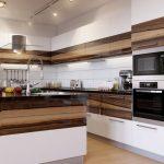 Кухня вашей мечты Фартук для белой кухни полезные советы материалы характеристика размеры кухонного фартука сочетание цветов белая кухня встроенная техника для кухни фото