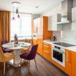 Кухня вашей мечты Бело-оранжевая кухня полезные советы материалы характеристика размеры сочетание цветов яркие акценты на белой кухне яркая мебель фото
